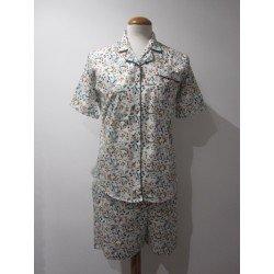 Pijama Corto Con Botones...
